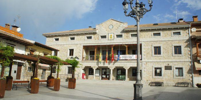 Plaza del Pueblo y Ayuntamiento